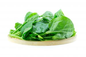 Spinach contains betaine and choline that can help lose weight fast