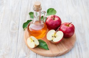 Apples contain pectin fiber which helps to absorb toxins