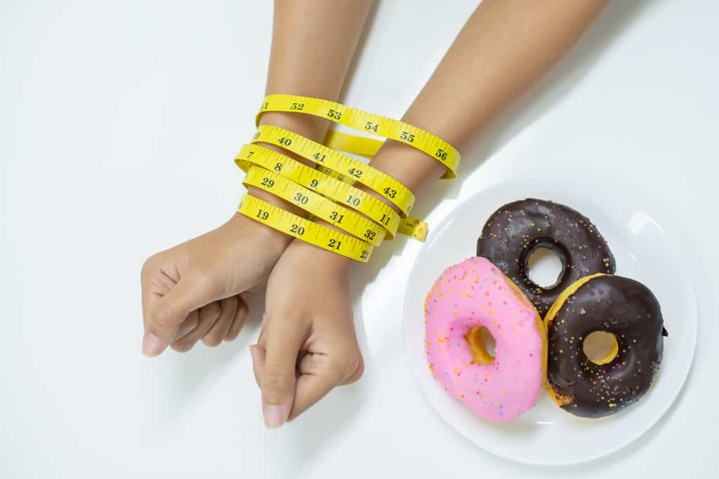 don't eat extra calories with bad food like donuts and lose belly fat fast