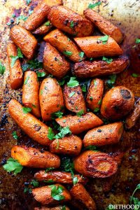 Garlic Butter Roasted Carrots is ridiculously easy, yet tender and so incredibly delicious roasted carrots with garlic butter