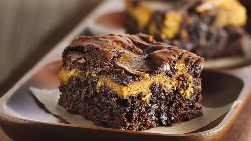 Thanksgiving Pumpkin Swirl Brownies