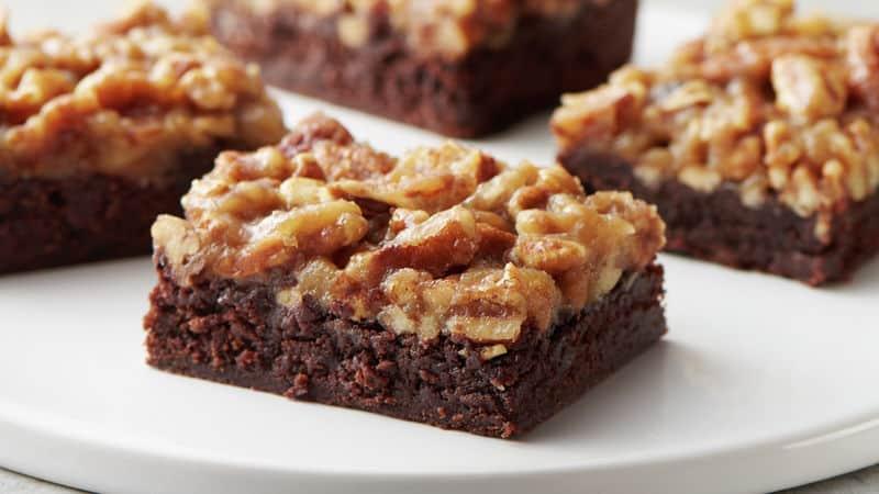 Thanksgiving Dessert Fudgy Pecan Pie Brownie Bars