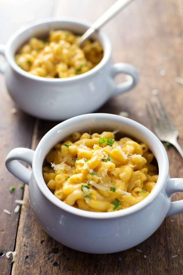 Thanksgiving Vegetarian Healthy Mac and Cheese
