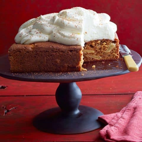 Thanksgiving Dessert Apple Spice Cake
