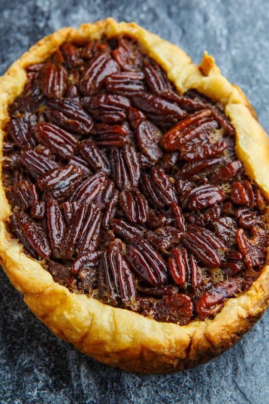 Thanksgiving Slow Cooker Pecan Pie
